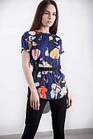 Красивая летняя женская блуза с цветочным принтом