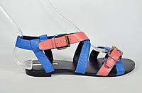 Кожаные босоножки без каблука BASCONI стильная модель