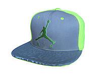 Серая с салатовым кепка Jordan Air