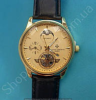 Часы Vacheron Constantin 114040 мужские золотистые на черном ремешке из кожзама циферблат золотой с календарем