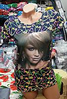 Красивая женская футболка с принтом и фото