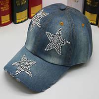 Джинсовая кепка со звездочками