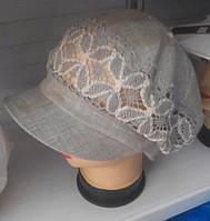 Льняная женская кепка с кружевами