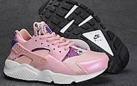 Женские кроссовки Nike Huarache розового цвета