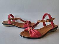 Женские стильные кожаные коралловые сандалии на каждый день Pandora
