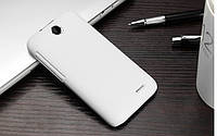 Пластиковый чехол для HTC Desire 310 белый