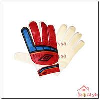 Перчатки вратарские юниорские UMBRO красные