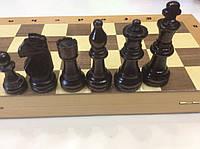 Шахматы деревянные, размер доски 42 х 42 см. (большие фигуры- король 10,5 см. пешка 5,5)