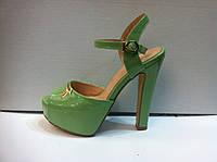 Женские босоножки на каблуке в трех цветах 927
