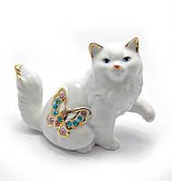 Кошка с бабочкой фарфор (10,5х8,5х5 см)(b1937)