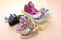 Детские светящиеся, розовые кроссовки Hello Kitty