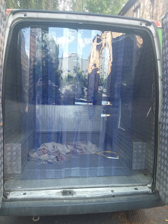 Завесы для автомобилей (изотермических фургонов)