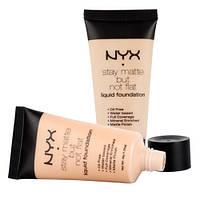 Тональная основа NYX Stay Matte But Not Flat ( Никс Матте)