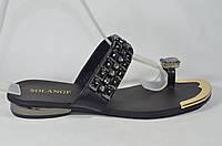 Женские кожаные сланцы шлепанцы Solange красивые и стильные