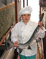 Веслонос, рыба речная живая, мороженая, копченая