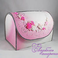Свадебный сундук бело-розового цвета