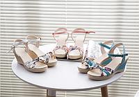 Красивые женские босоножки на платформе. оригинальный и стильный дизайн. Высокое качество. Код: КД169