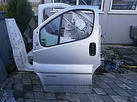 Дверь передняя Renault Trafic 01>