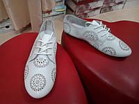 Летние кожаные туфли на шнуровке  Allshoes белые.