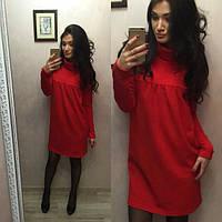 Модное женское трикотажное платье под горло