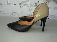 Женские туфли-лодочки на шпильке