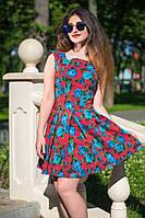 Женское летнее короткое платье с расклешенной юбкой в цветы