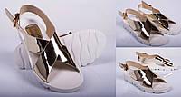 Модные женские босоножки без каблука