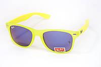 Яркие очки Ray Ban