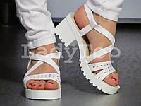 Женские Белые Босоножки на небольшом каблуке
