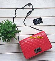 Женский брендовый клатч с длинной ручкой Шанель красный