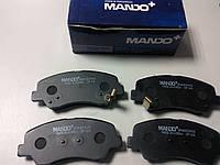 Тормозные колодки передние (MANDO) на KIA RIO 11-