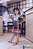 Детское многослойное платье из плиссированного шифона с принтом. Украшено кружевом