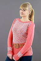 Оригинальный коралловый свитер