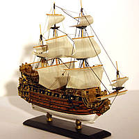 Модель корабля парусник Le Soleil Royal 30 см С23-3