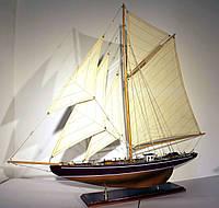 Модель корабля парусная яхта из дерева 75 см 8217А