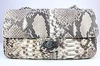 Сумка женская из кожи питона Chanel натурального цвета