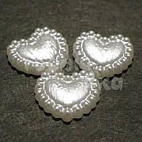 Полужемчуг акриловый фигурный сердце плоское белый