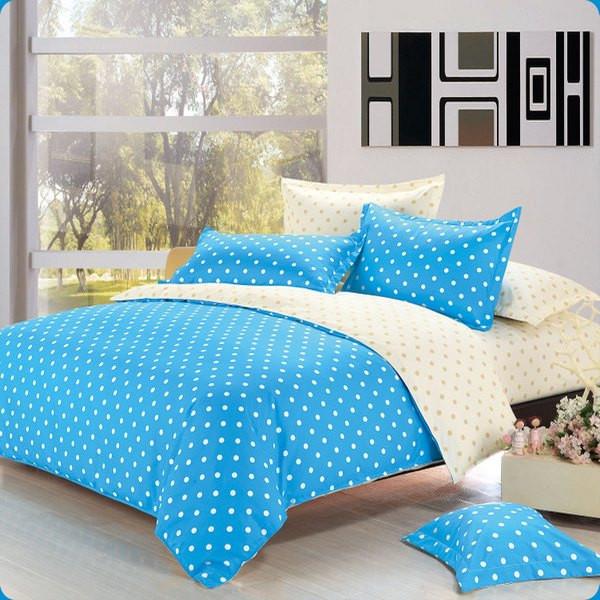 Комплекты постельного белья, одеяла, пледы, подушки