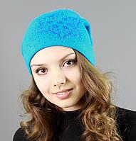 Недорогая женская шапка голубого цвета