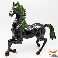 Бронзовая статуэтка бегущей лошади
