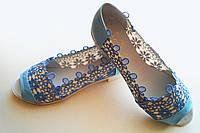 Стильные голубые кружевные балетки с открытым носком. АРТ-0548
