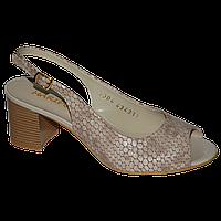 Женские элегантные босоножки на устойчивом каблуке