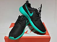 Nike Roshe Run с голубой подошвой