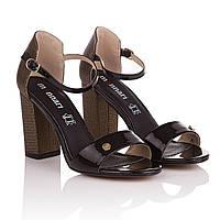 Босоножки женские Monnari (черного цвета, на удобном каблуке, модные, элегантные, стильные)