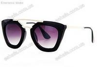Солнцезащитные очки  унисекс PRADA  с чехлом, черные матовые