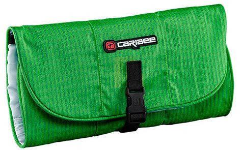 Яркая дорожная косметичка из полиэстера Caribee Toiletry Wrap Green Pea, 922352 зеленый