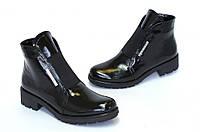 Лаковые женские ботинки на широком каблучке