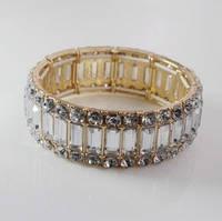 Стильный изящный широкий женский браслет на руку с камнями