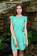 Женское платье прямого кроя с поясом мятного цвета