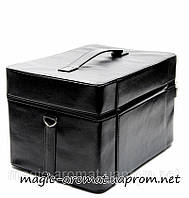 Чемодан / сумка для мастера маникюра, парикмахера, вместительная, легкая. Цвет черный матовый.